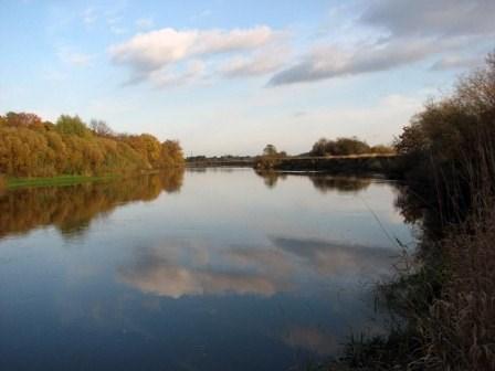 на фото: Река клязьма